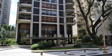 Incredible apartment in residential tower on Avenida Alvear
