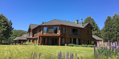 A stunning multi-family house in Chapelco Golf & Resor
