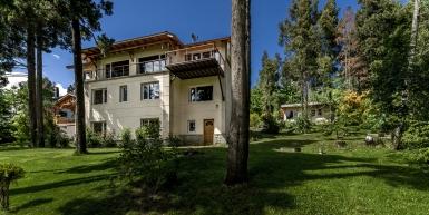 Calypso House