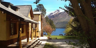 GUTIERREZ LODGE LAKE VILLA ARELAUQUEN