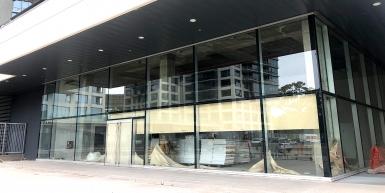 Alquiler - Local comercial en Complejo ALRIO.