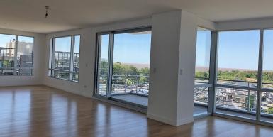 Excelente 4 ambientes en piso 7° con vista a la Vte. López y Río