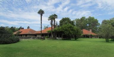 COUNTRY HOUSE IN LA ALAMEDA NEIGHBOURHOOD, CARMEN DE ARECO